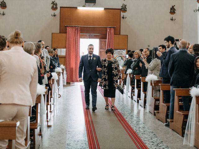 Il matrimonio di Mirco e Martina a Mondolfo, Pesaro - Urbino 48