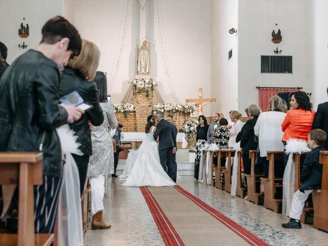 Il matrimonio di Mirco e Martina a Mondolfo, Pesaro - Urbino 50