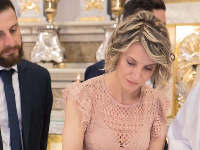Il matrimonio di Lorenzo e Giulia a Arese, Milano 30