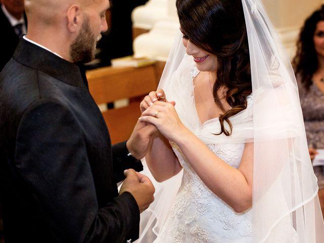 Il matrimonio di Costantino e Margherita a Salice Salentino, Lecce 19