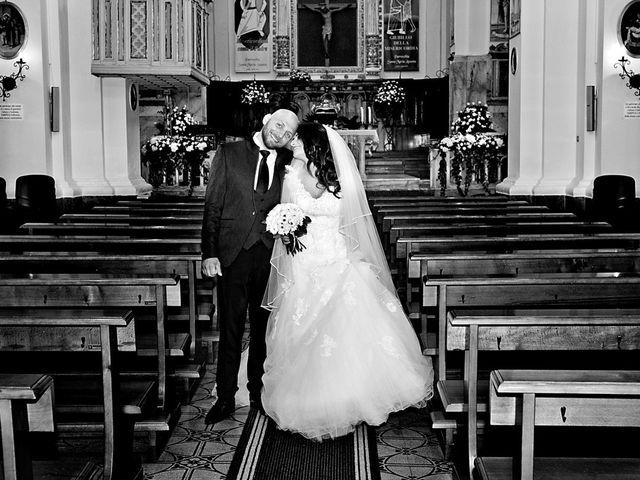 Il matrimonio di Costantino e Margherita a Salice Salentino, Lecce 23