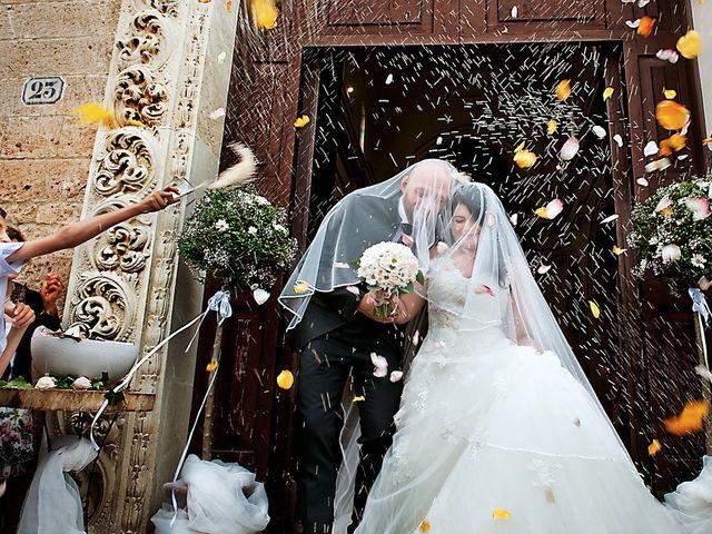 Il matrimonio di Costantino e Margherita a Salice Salentino, Lecce 24
