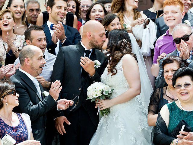 Il matrimonio di Costantino e Margherita a Salice Salentino, Lecce 25