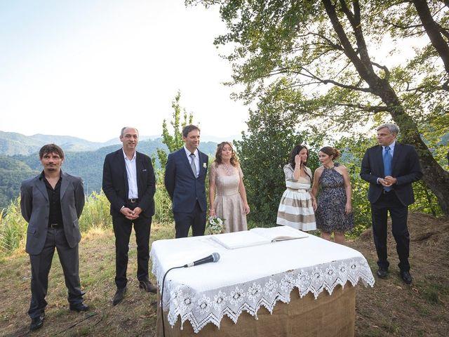 Il matrimonio di Luca e Marusca a Stazzema, Lucca 36
