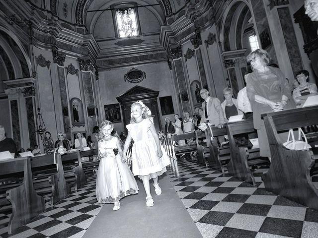 Il matrimonio di Ernesto e Lara a Zanica, Bergamo 23