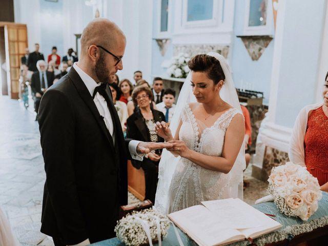 Il matrimonio di Silvio e Santa a Bacoli, Napoli 21