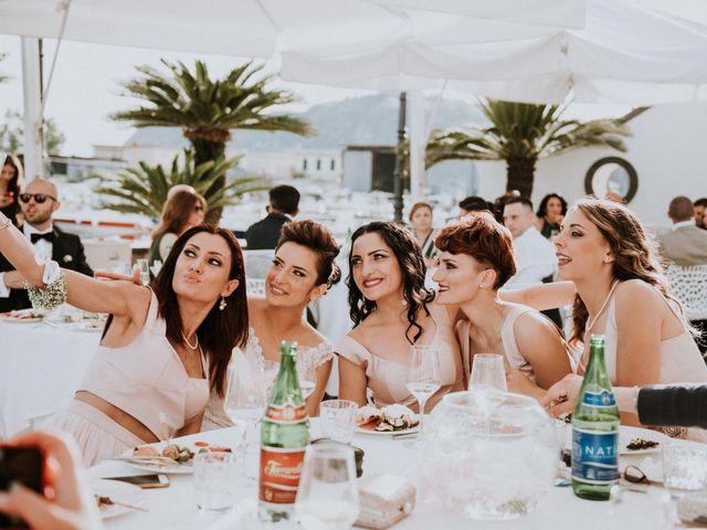 Il matrimonio di Silvio e Santa a Bacoli, Napoli 41