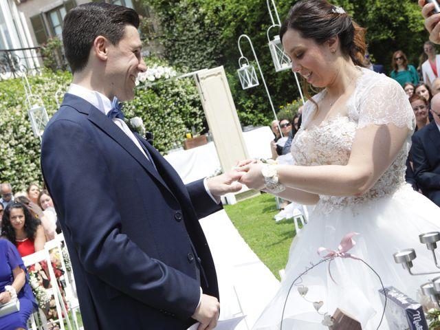 Il matrimonio di Daniele e Valentina a Erba, Como 24