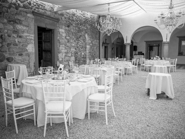 Il matrimonio di Lorenzo e Silvia a Monasterolo del Castello, Bergamo 24