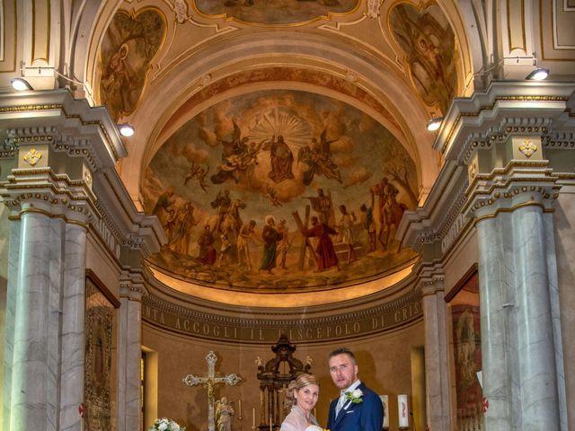 Il matrimonio di Lorenzo e Silvia a Monasterolo del Castello, Bergamo 35