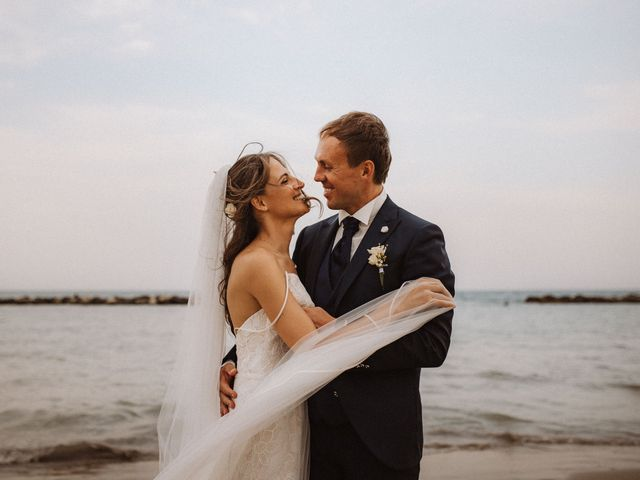 Il matrimonio di Roman e Sara a Grottammare, Ascoli Piceno 40