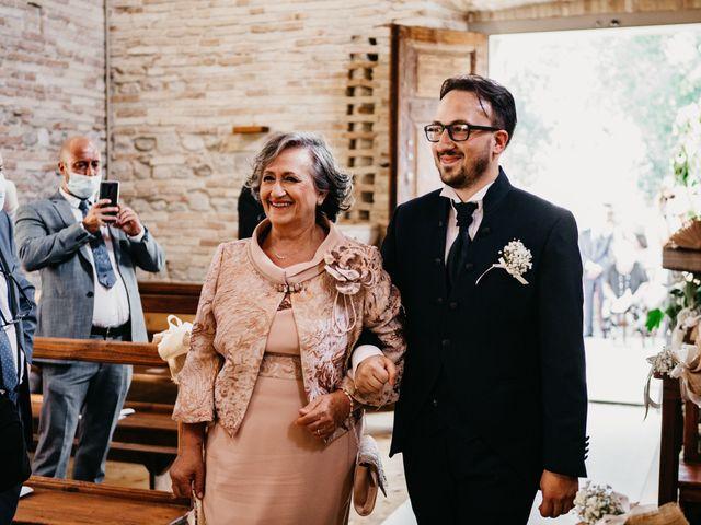 Il matrimonio di Marco e Valeria a Mosciano Sant'Angelo, Teramo 30
