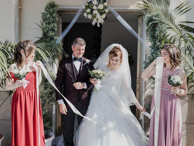 Il matrimonio di Sharon e Giovannie a Crotone, Crotone 29