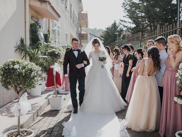 Il matrimonio di Sharon e Giovannie a Crotone, Crotone 30