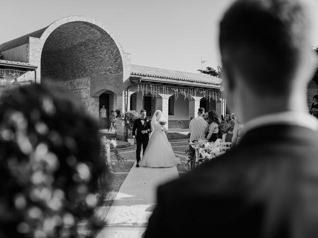 Il matrimonio di Sharon e Giovannie a Crotone, Crotone 37