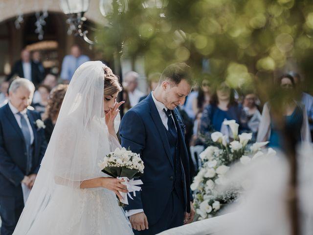 Il matrimonio di Sharon e Giovannie a Crotone, Crotone 39