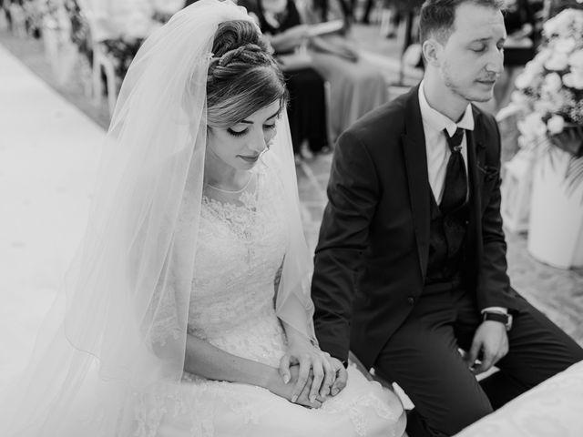 Il matrimonio di Sharon e Giovannie a Crotone, Crotone 47