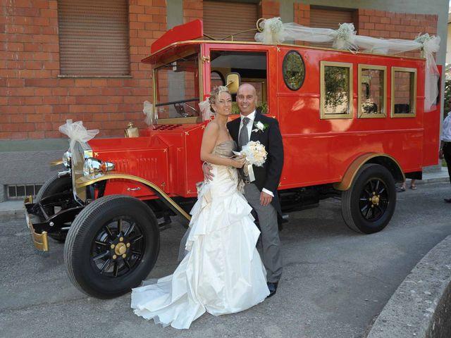 Il matrimonio di Massimiliano e Ilaria a Pistoia, Pistoia 16