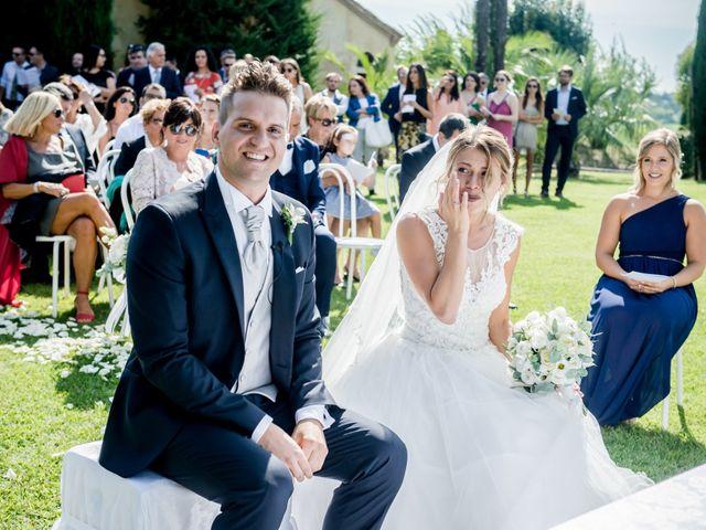 Il matrimonio di Diego e Serena a Fossombrone, Pesaro - Urbino 19