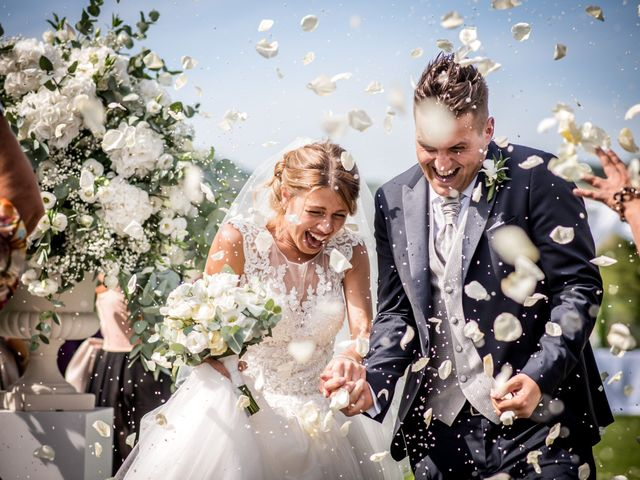 Il matrimonio di Diego e Serena a Fossombrone, Pesaro - Urbino 23