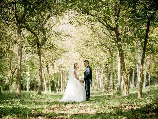 Il matrimonio di Diego e Serena a Fossombrone, Pesaro - Urbino 27