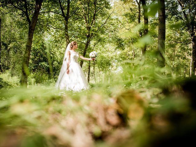Il matrimonio di Diego e Serena a Fossombrone, Pesaro - Urbino 30
