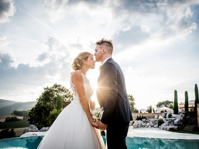 Il matrimonio di Diego e Serena a Fossombrone, Pesaro - Urbino 1