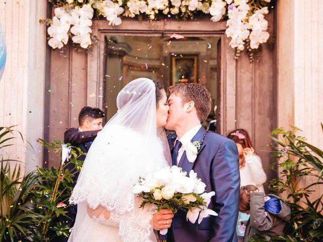 Il matrimonio di Gennaro e Anastasia a Procida, Napoli 27