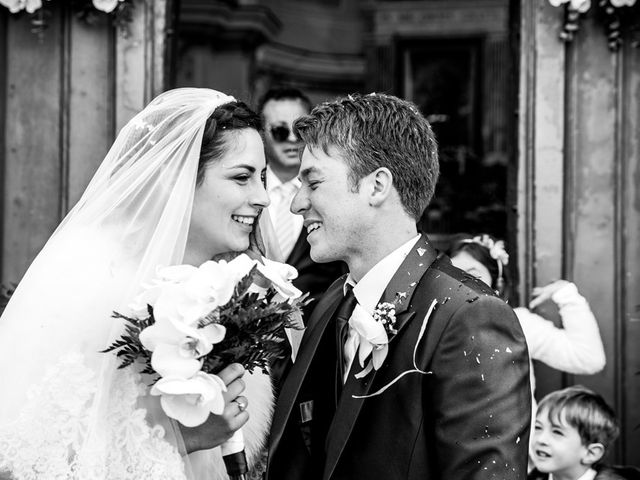 Il matrimonio di Gennaro e Anastasia a Procida, Napoli 28