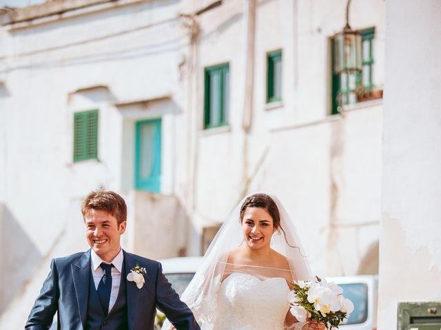 Il matrimonio di Gennaro e Anastasia a Procida, Napoli 29