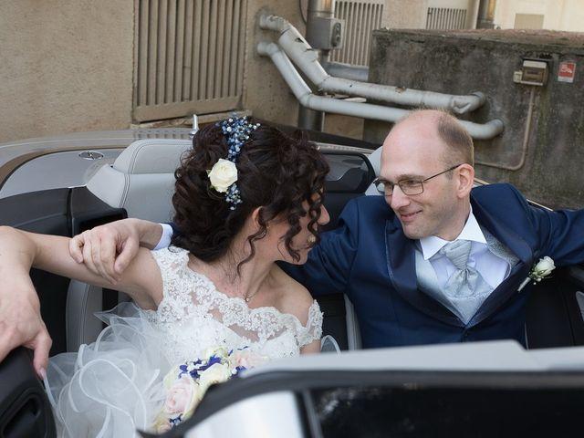 Il matrimonio di Massimo e Valentina a Briosco, Monza e Brianza 17
