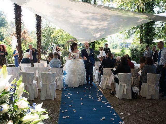 Il matrimonio di Massimo e Valentina a Briosco, Monza e Brianza 21