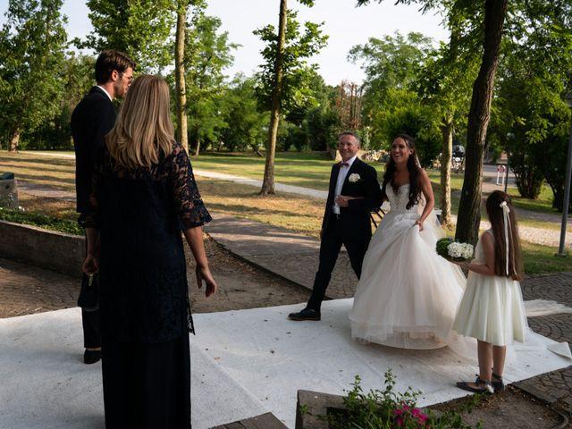 Il matrimonio di Mattia e Angela a Albarella, Rovigo 15