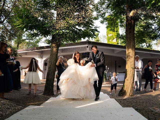 Il matrimonio di Mattia e Angela a Albarella, Rovigo 26