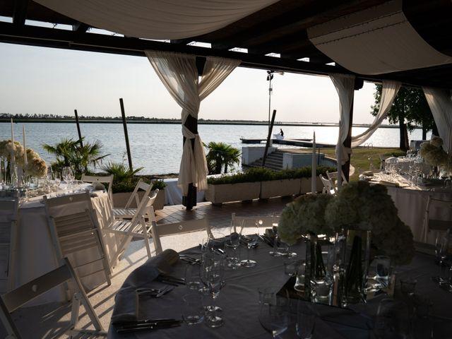 Il matrimonio di Mattia e Angela a Albarella, Rovigo 27