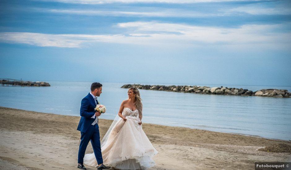 Il matrimonio di Luca e Martina a Rimini, Rimini