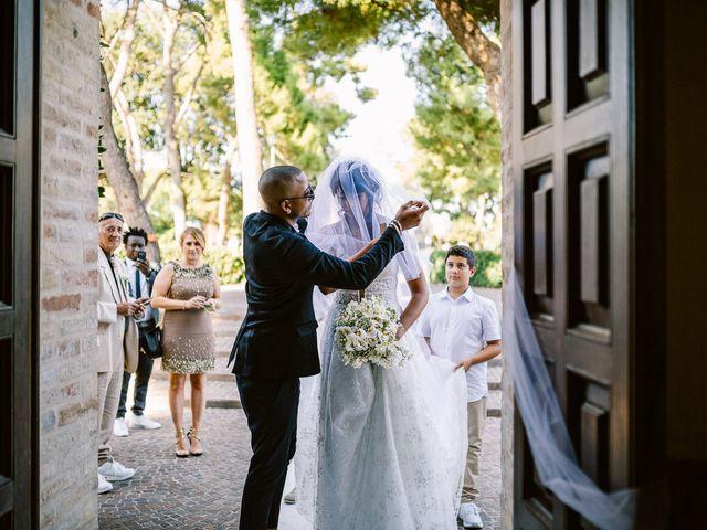 Il matrimonio di Mauro e Martha a Civitanova Marche, Macerata 28