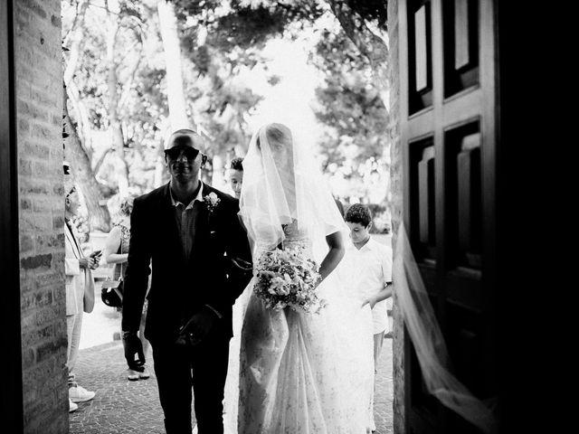 Il matrimonio di Mauro e Martha a Civitanova Marche, Macerata 29