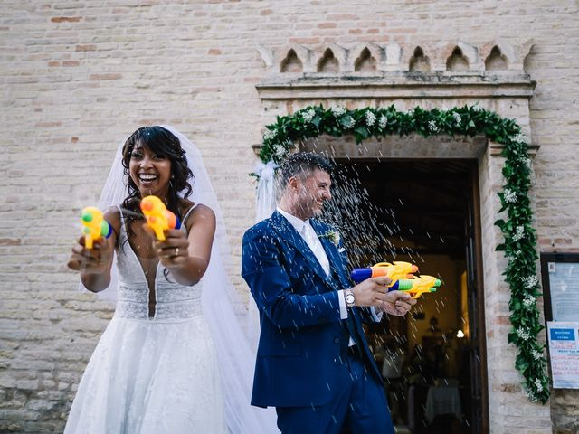 Il matrimonio di Mauro e Martha a Civitanova Marche, Macerata 42
