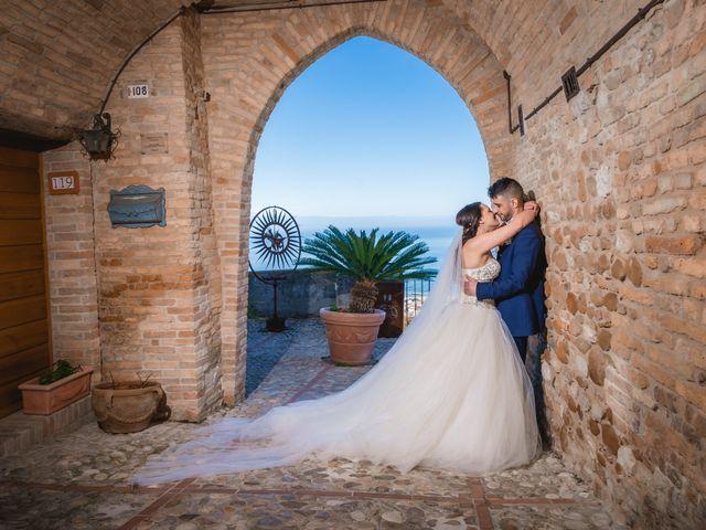 Il matrimonio di Fabio e Maria a Roseto degli Abruzzi, Teramo 28