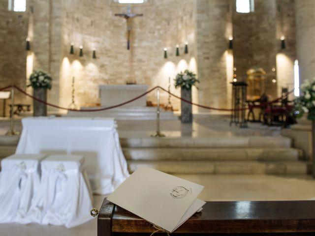Il matrimonio di Carlo e Francesca a Trani, Bari 16