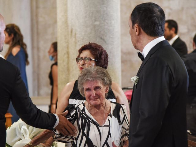 Il matrimonio di Carlo e Francesca a Trani, Bari 21