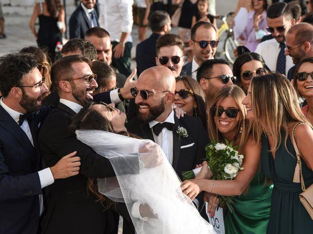 Il matrimonio di Carlo e Francesca a Trani, Bari 33