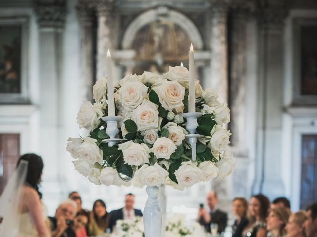 Il matrimonio di Jacopo e Leslie a Venezia, Venezia 40