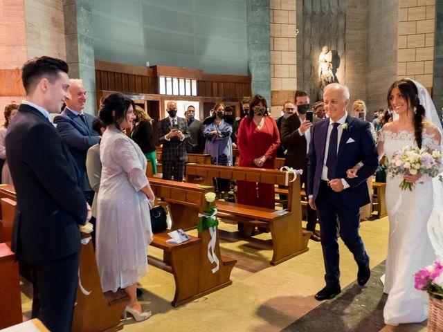 Il matrimonio di Mattia e Valentina a Bergamo, Bergamo 11