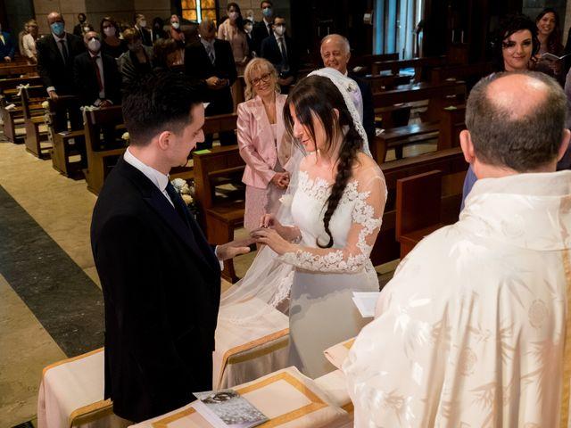 Il matrimonio di Mattia e Valentina a Bergamo, Bergamo 15