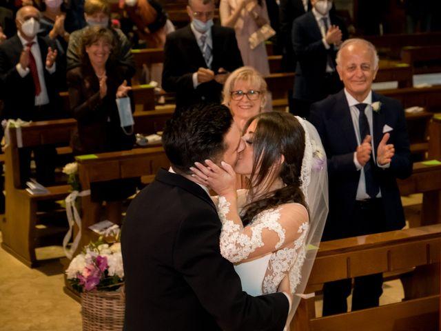 Il matrimonio di Mattia e Valentina a Bergamo, Bergamo 16