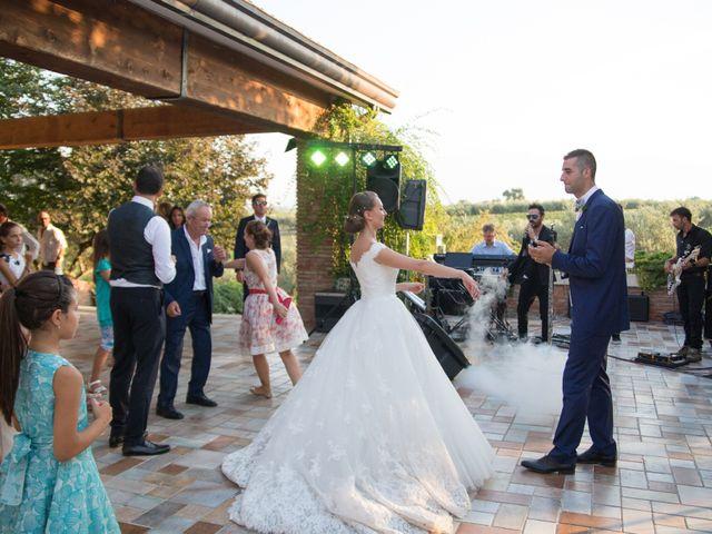 Il matrimonio di Edoardo e Ilaria a Miglianico, Chieti 24