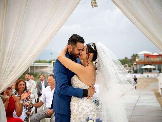 Il matrimonio di Erik e Valentina a Viareggio, Lucca 13