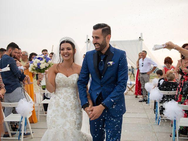 Il matrimonio di Erik e Valentina a Viareggio, Lucca 14